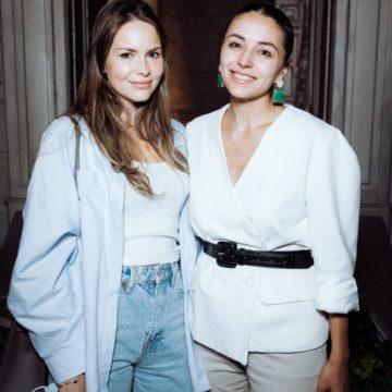 Екатерина Ланцман и Яна Кушнер на 25-летии «Посольства красоты»